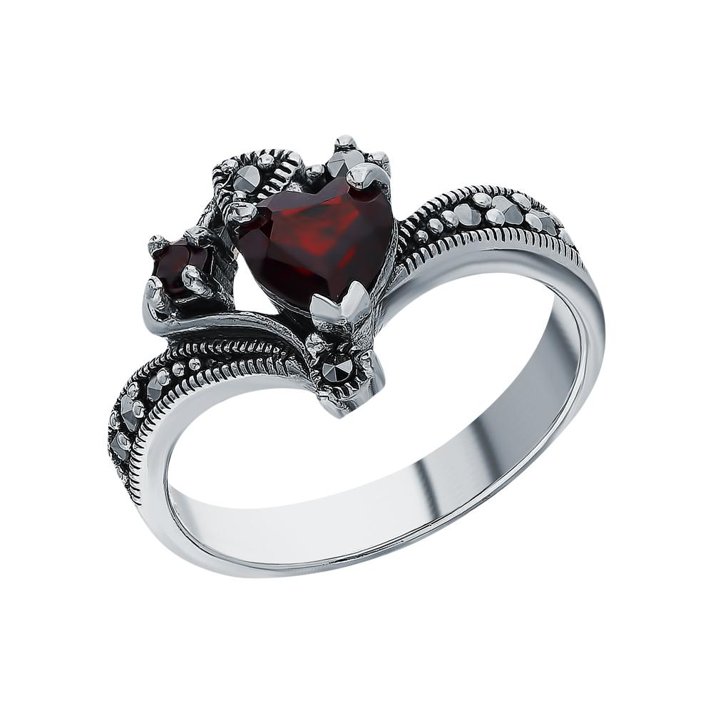 Фото «Серебряное кольцо с гранатом и марказитами swarovski»