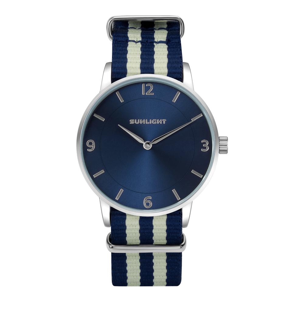 """Тонкие универсальные часы на текстильном ремне """"NATO"""""""