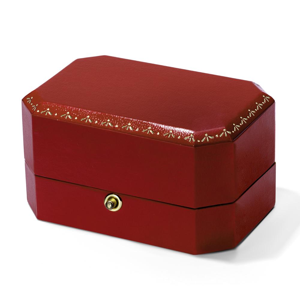 Фото «Коробка с кнопкой для обручальных колец»