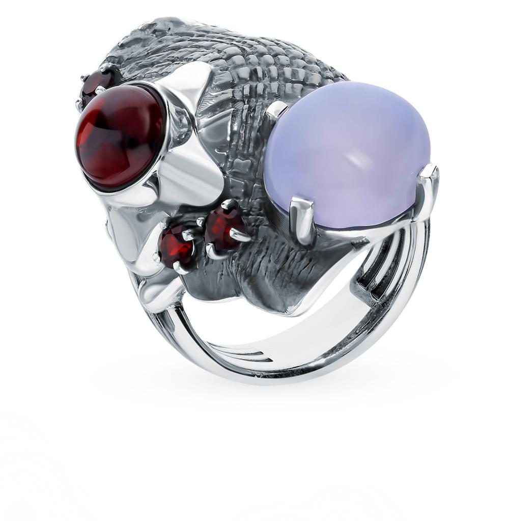 Фото «Серебряное кольцо с халцедонами и гранатом»