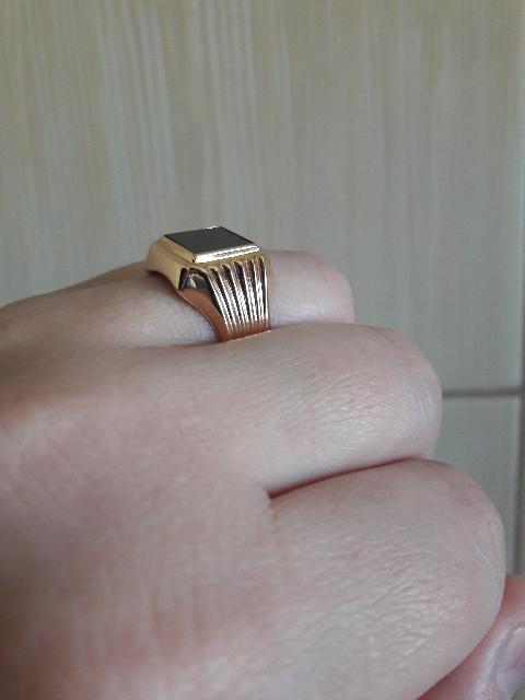 Качественное,стильное и великолепное мужское кольцо.Рекомендую не пожалеете