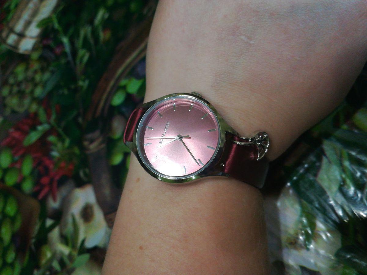 Наручные часы (женские)