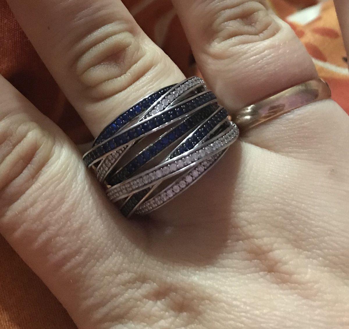 Очень классное и стильное кольцо под любой наряд