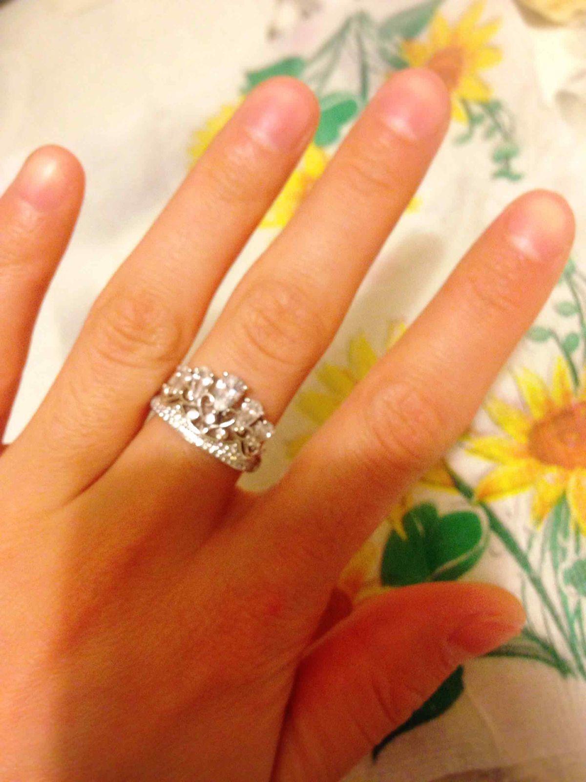 Безупречное объемное кольцо , очень рада , что приобрела , советую ........