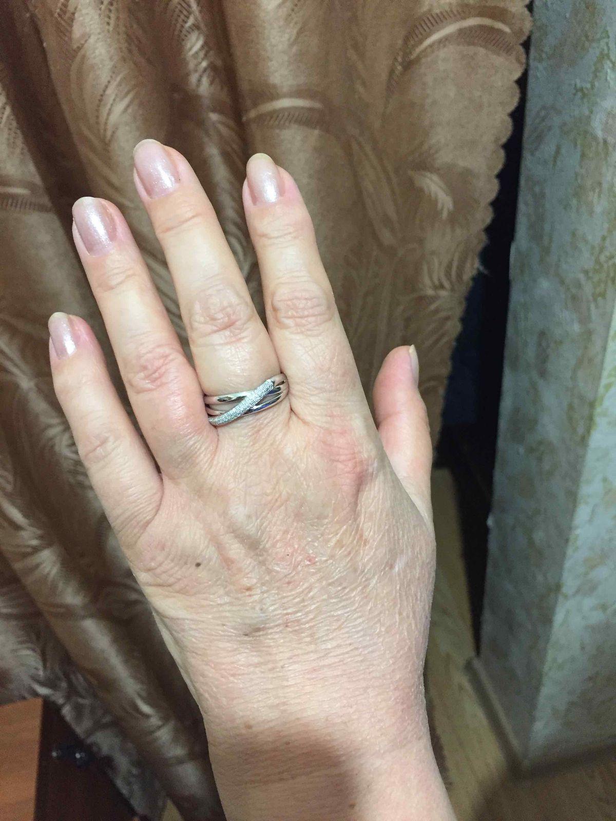 Купила кольцо маме в подарок
