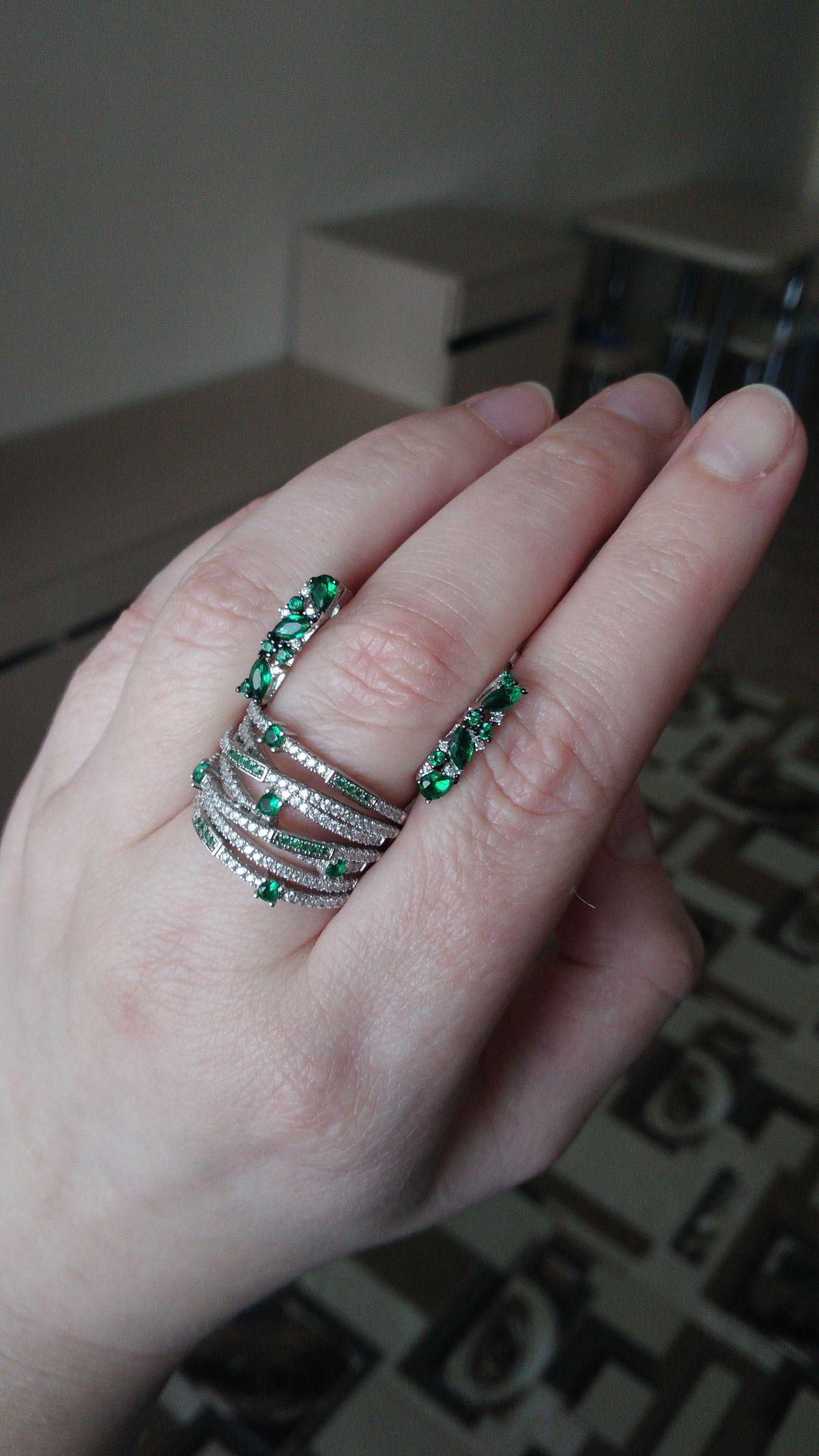 Крупное, но удобное кольцо