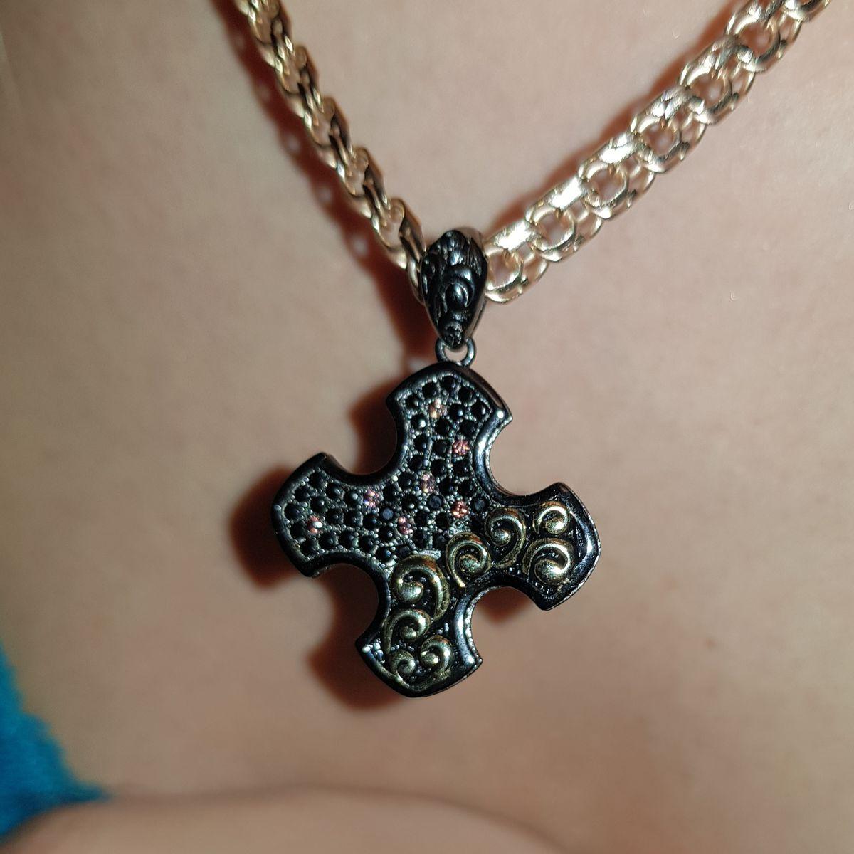 Черный греческий крест ➕