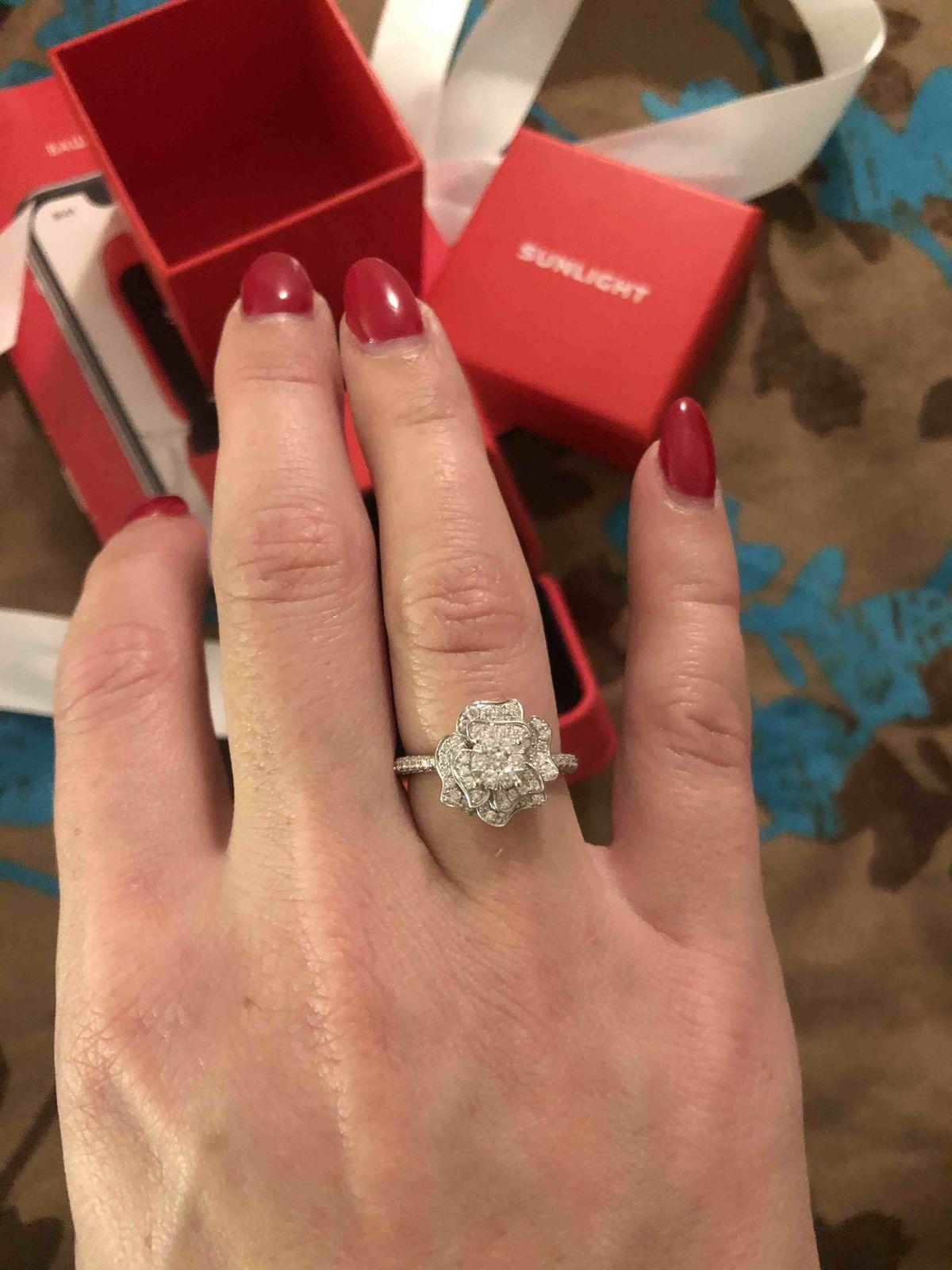 Золотое кольцо из серии нимфа