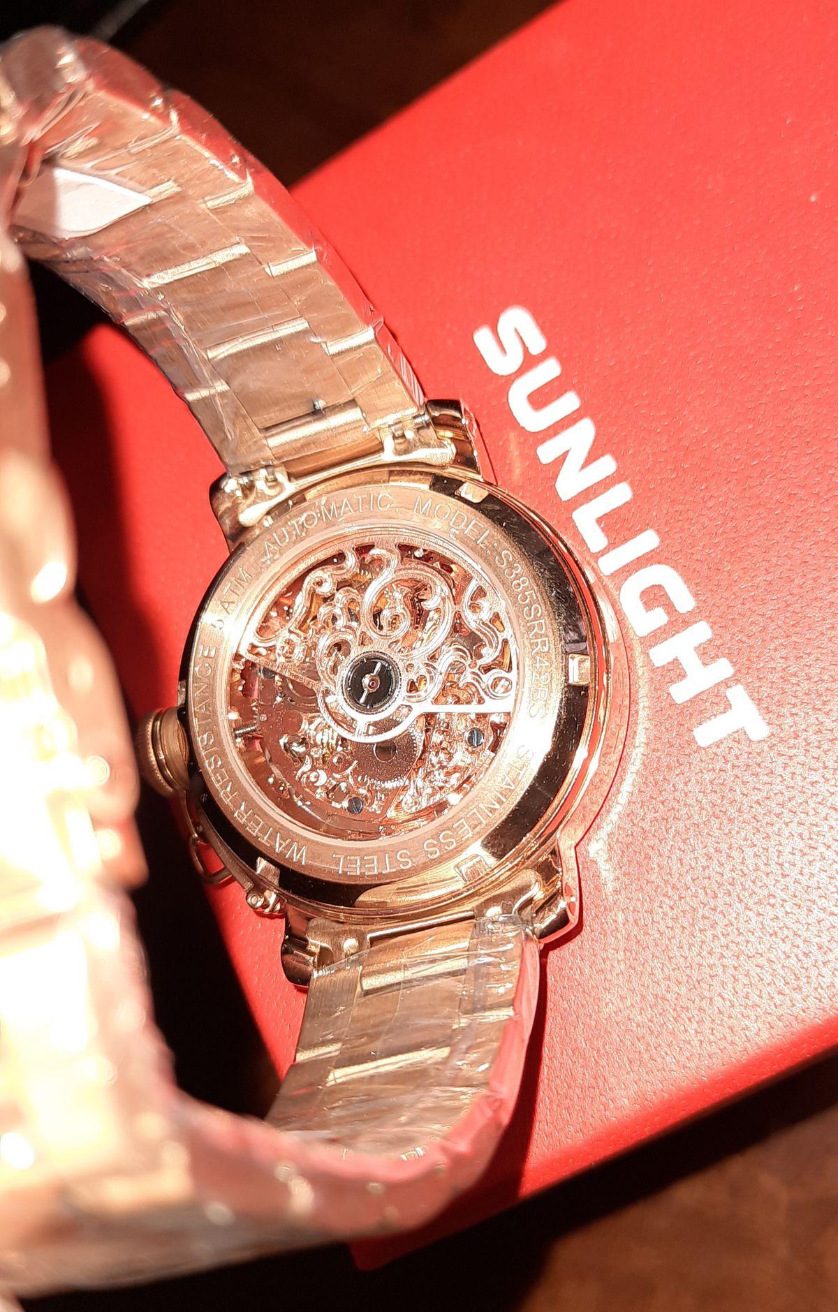 Хороший экземпляр в коллекцию часов