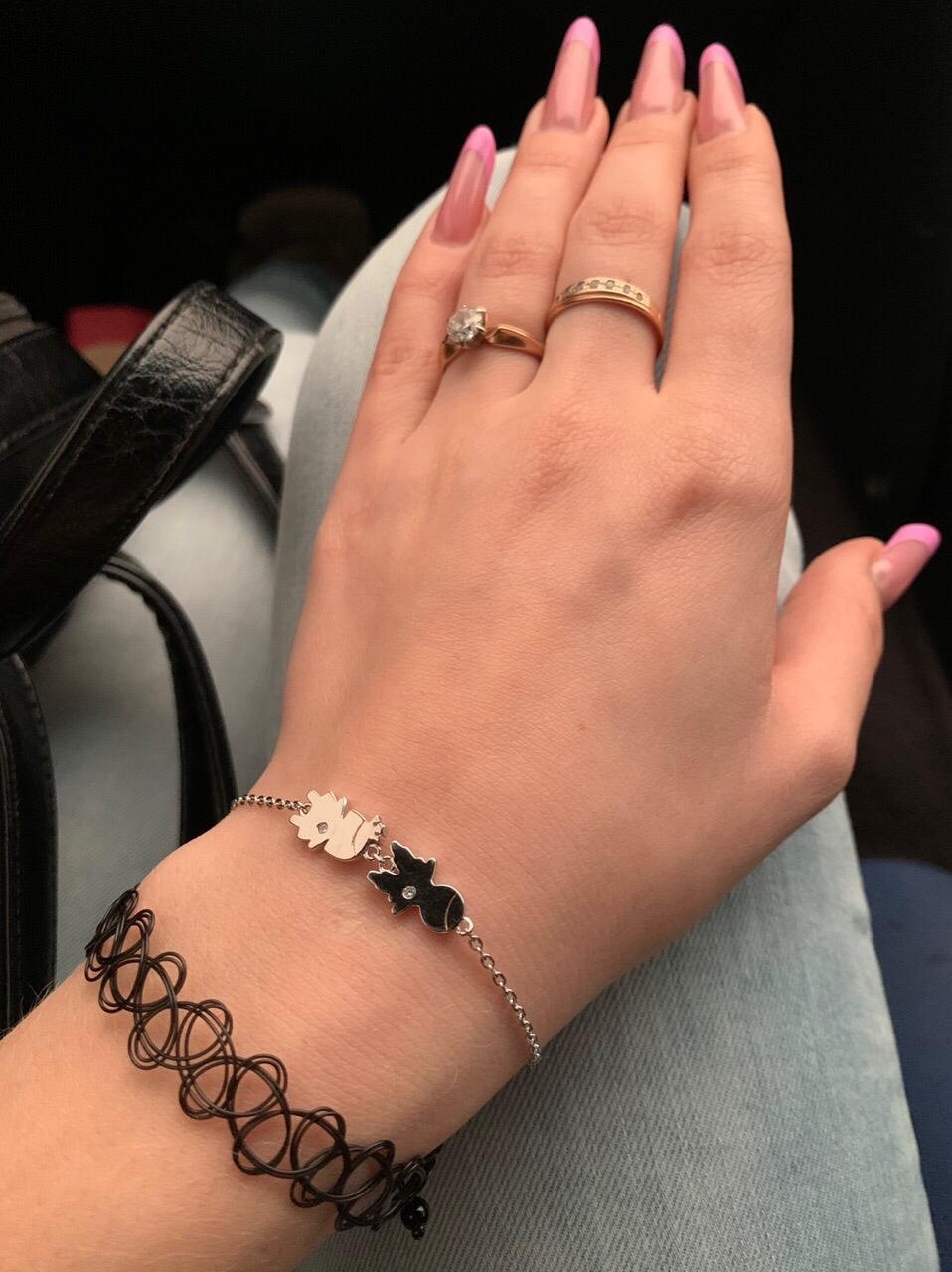 Очень красивый и нежный браслет )