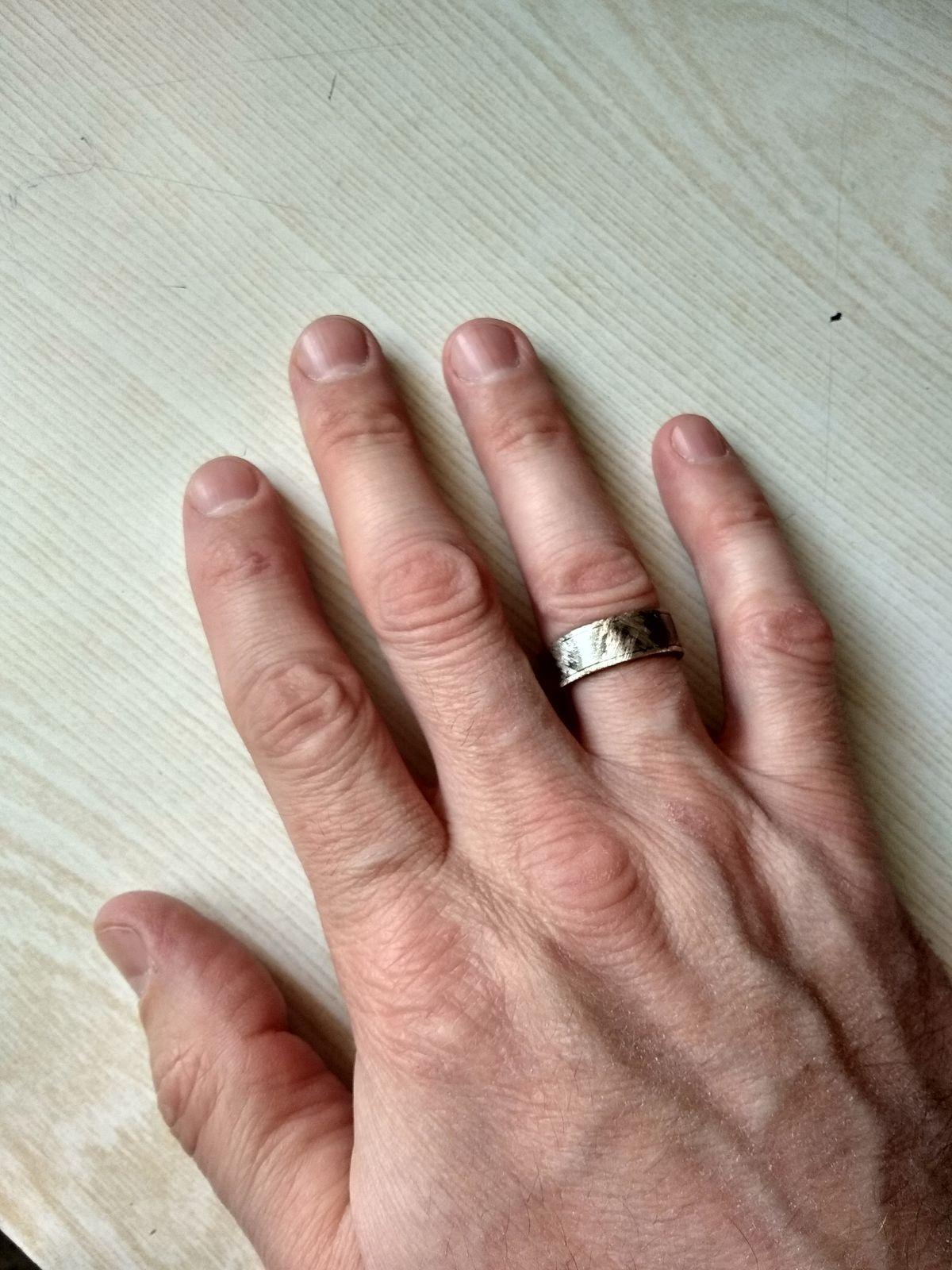 Кольцо хорошее.