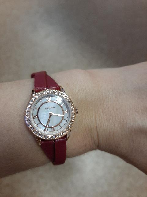 Великолепные женские часы