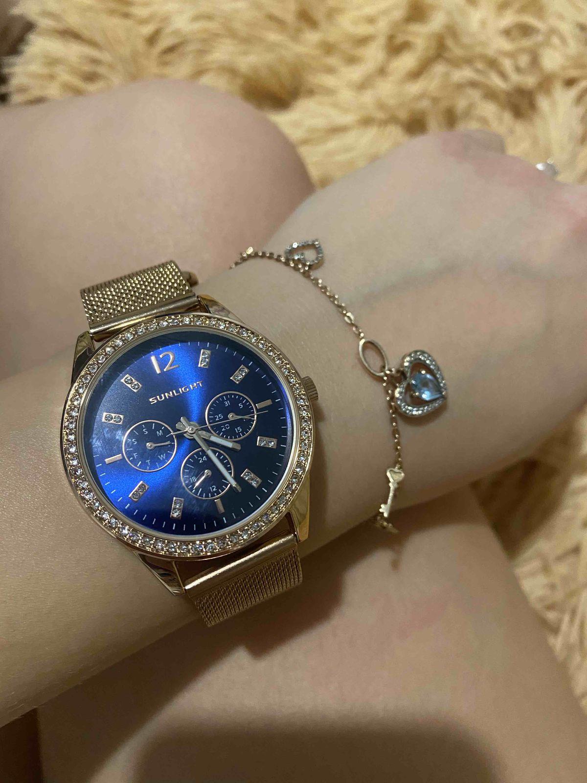 Часы с красивым дизайном за небольшую стоимость