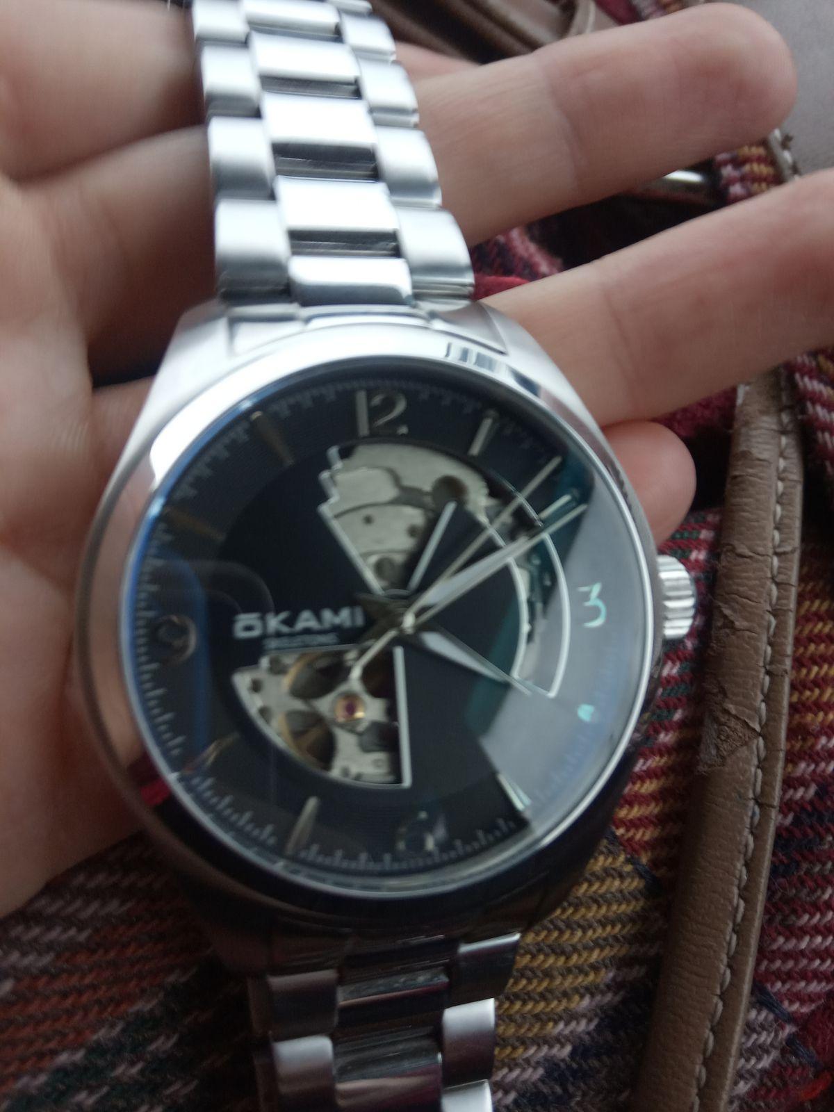Стильные часы от японского бренда
