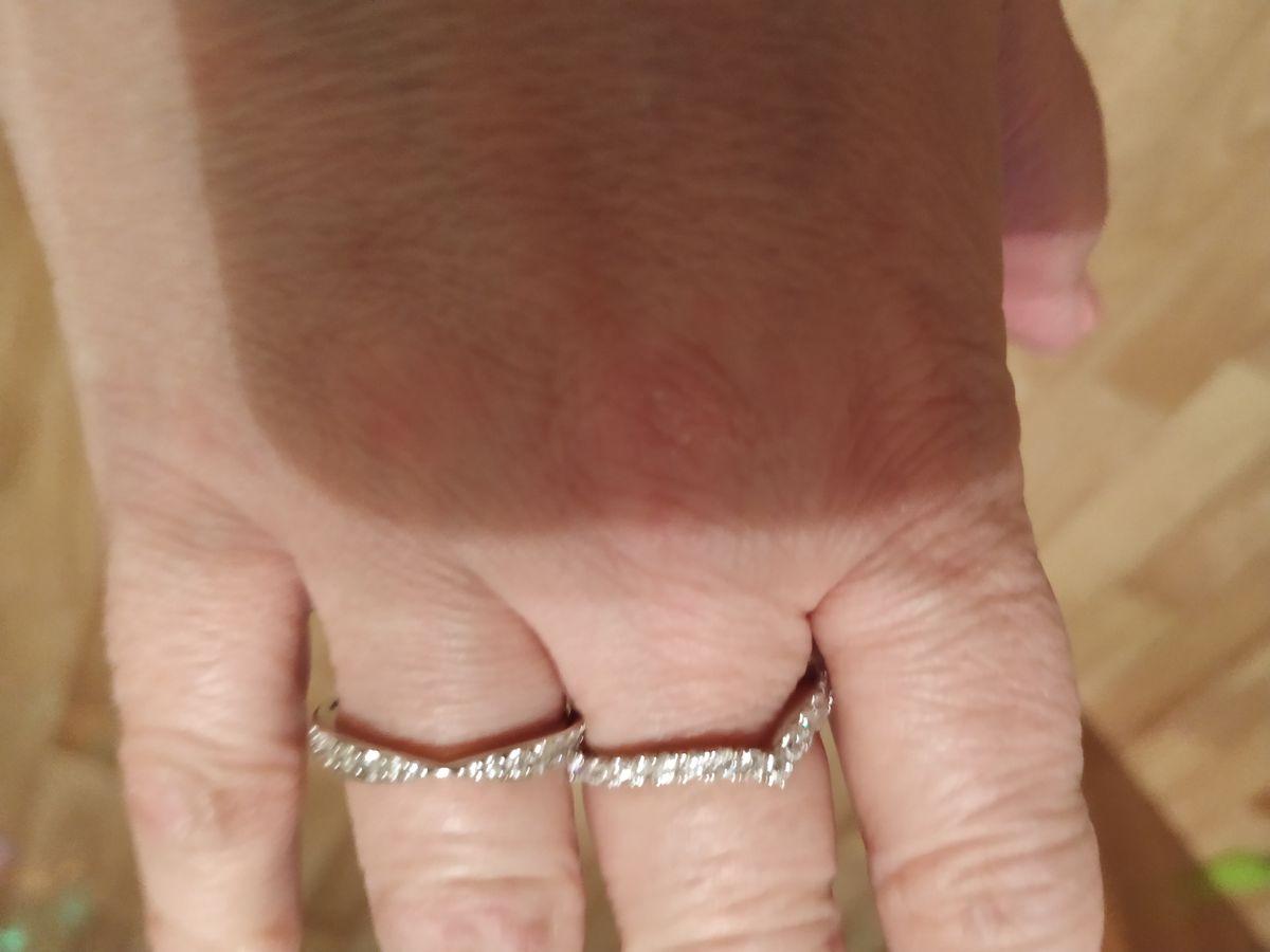 Серебряные кольца с фианитами