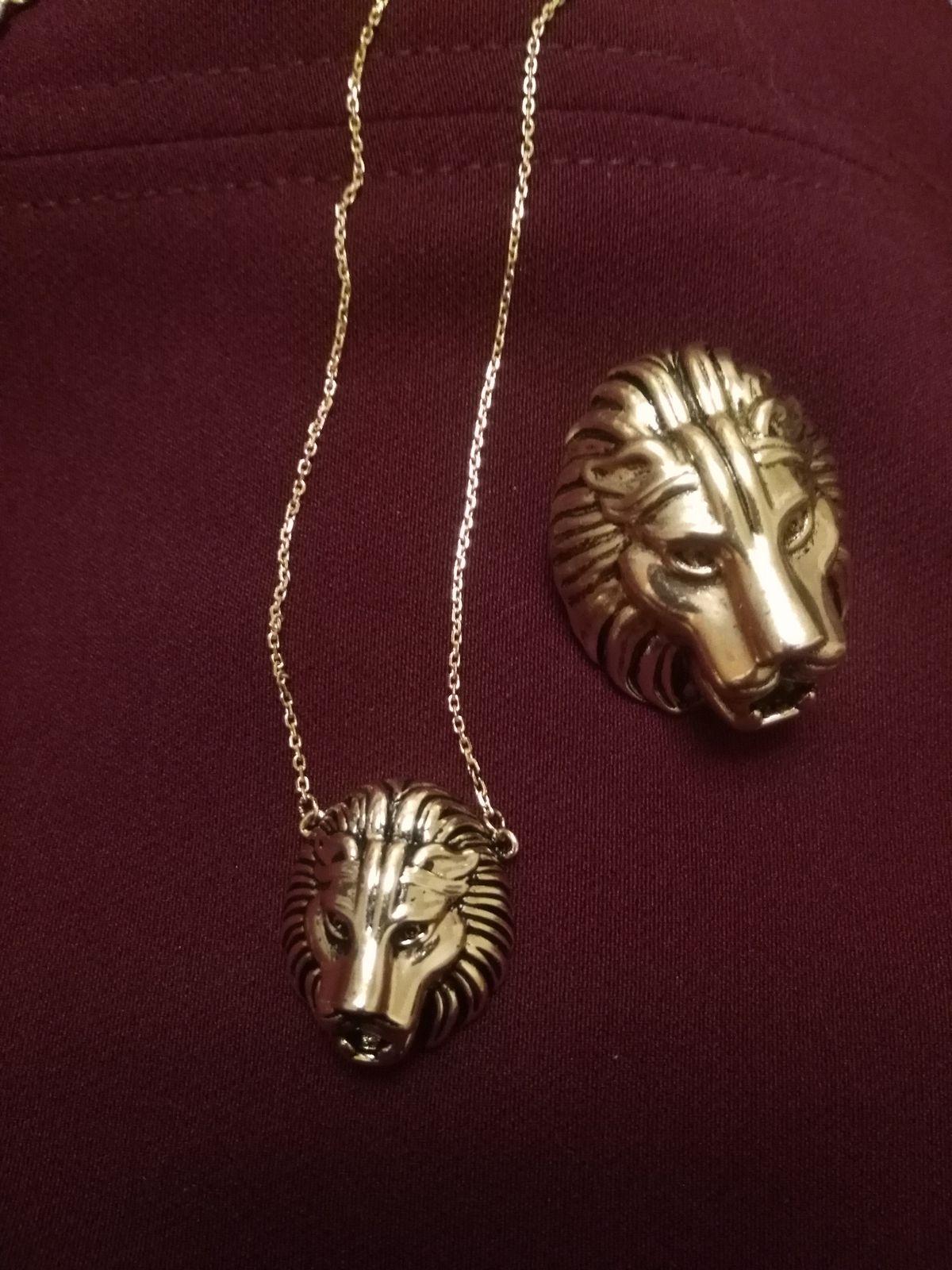 Десять из десяти.Все замечают этот изысканный дизайн.Голова льва это круто!