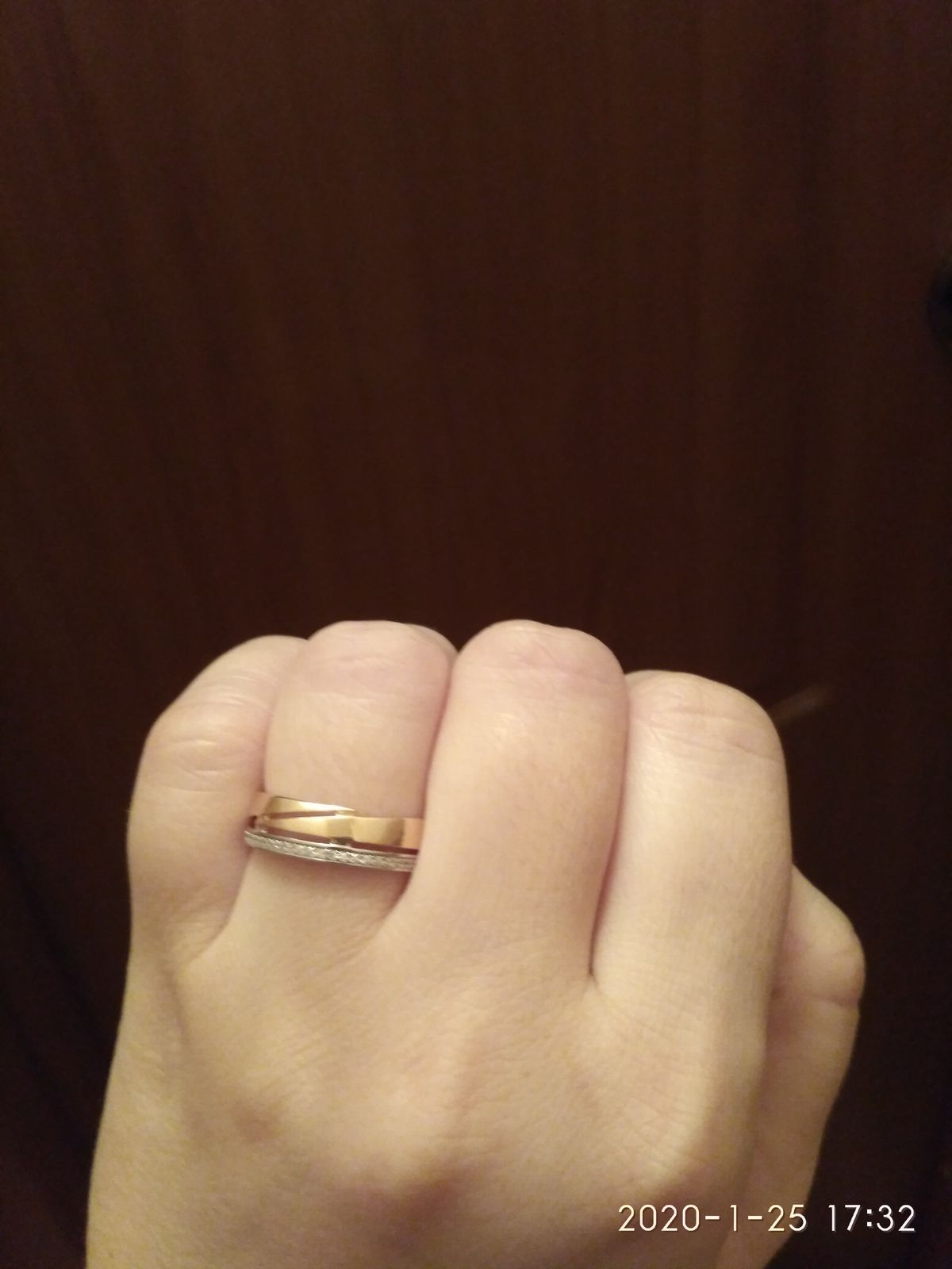Красивое бюджетное кольцо.