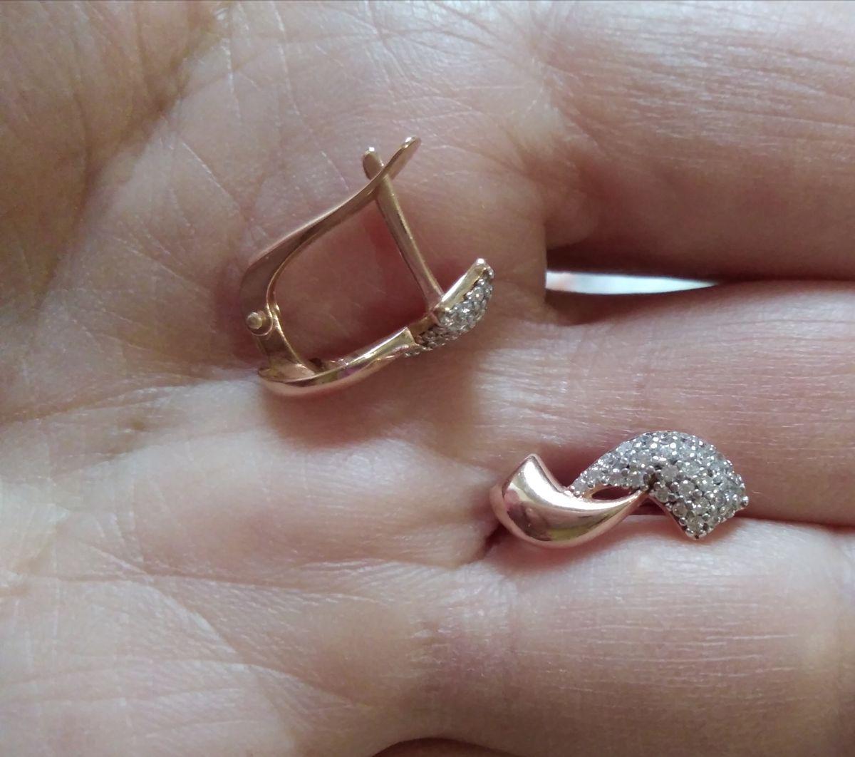 Серьги серебряные с фианитами