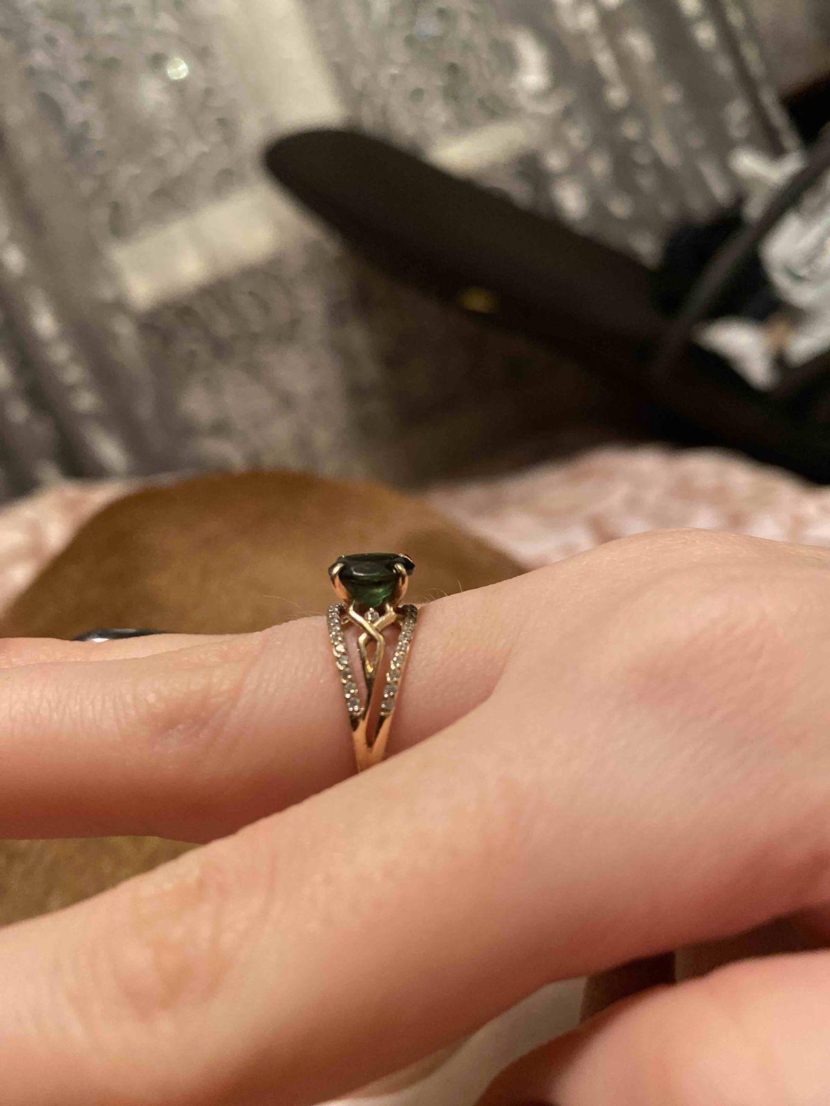 Кольцо золотое с турмалином