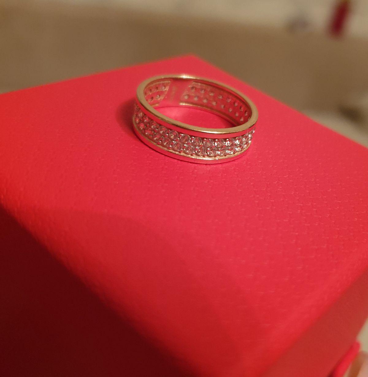Красивущие кольцо!!!))
