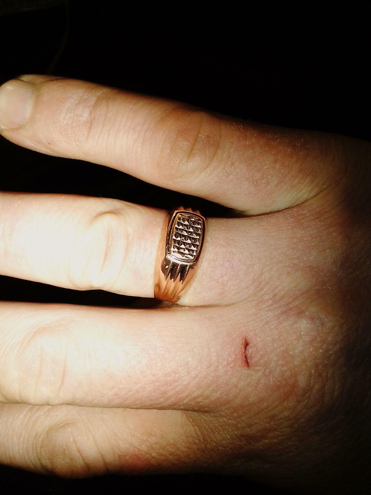 Перстень,,