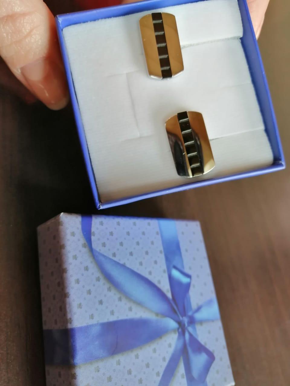 Покупала в подарок