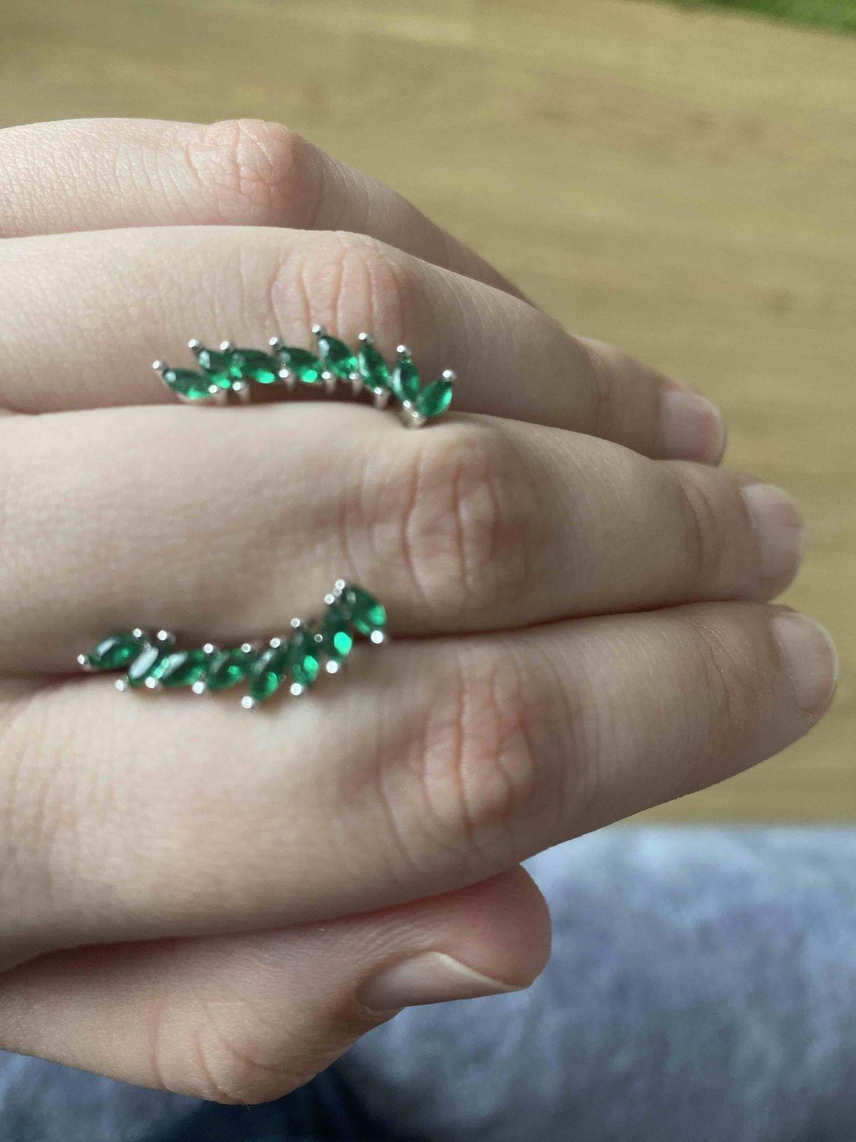 Серьги зеленые