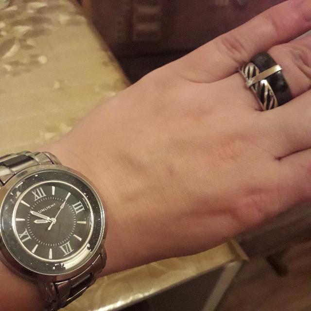 Кольцо с серебром и керамикой