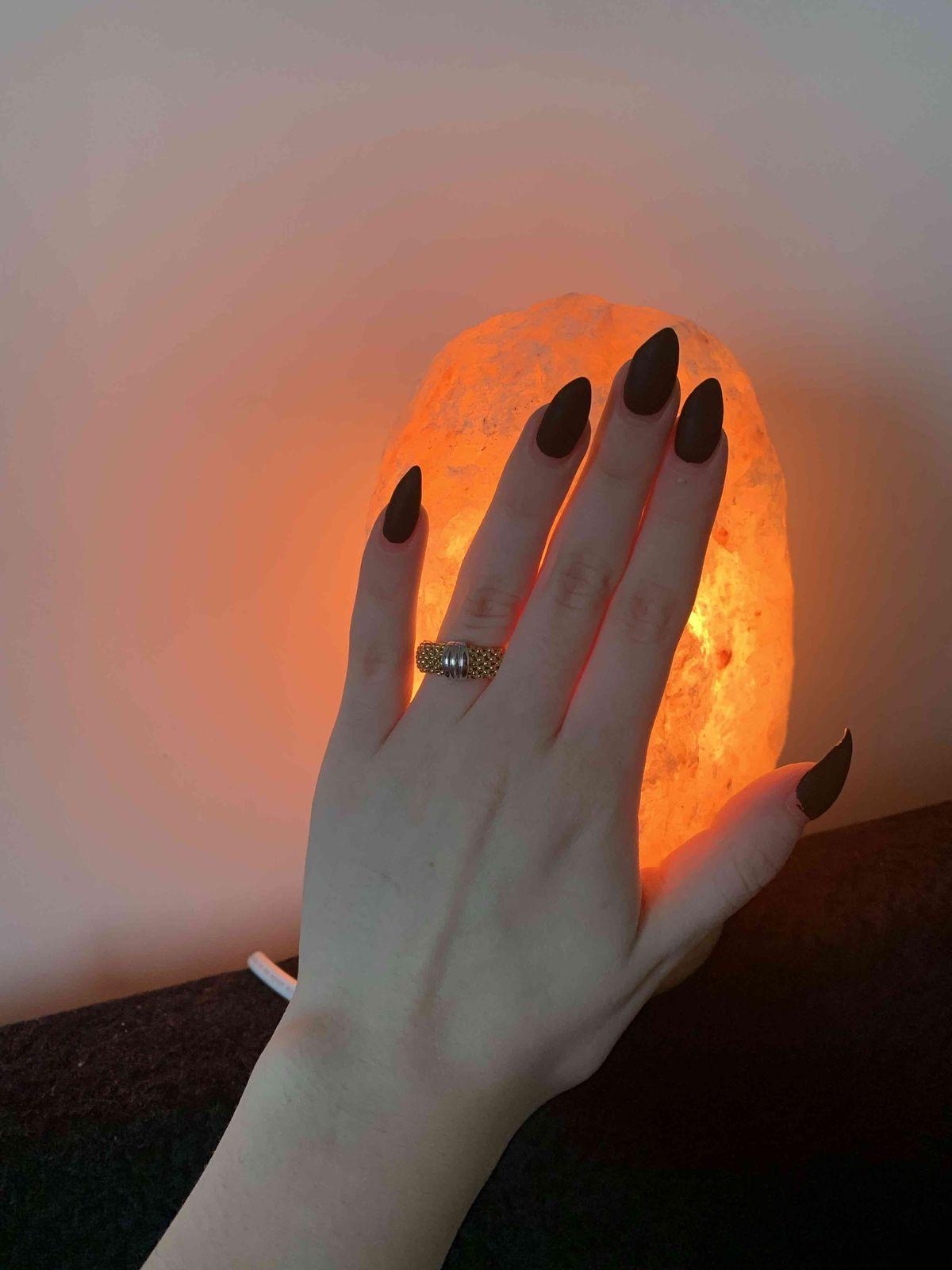 Оригинальное кольцо с интересным плетением.