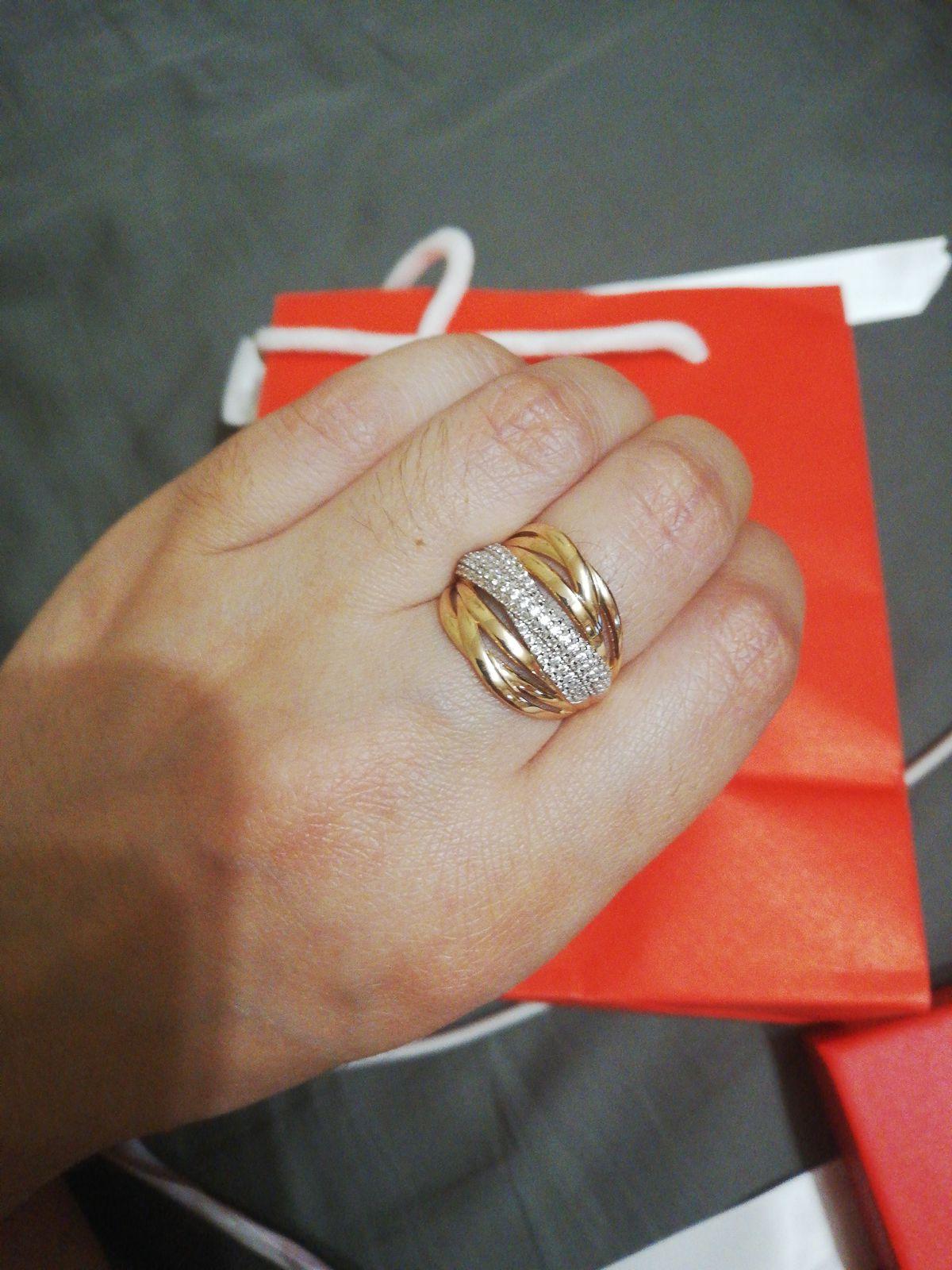 Купила себе кольцо в 8 марте очень довольна