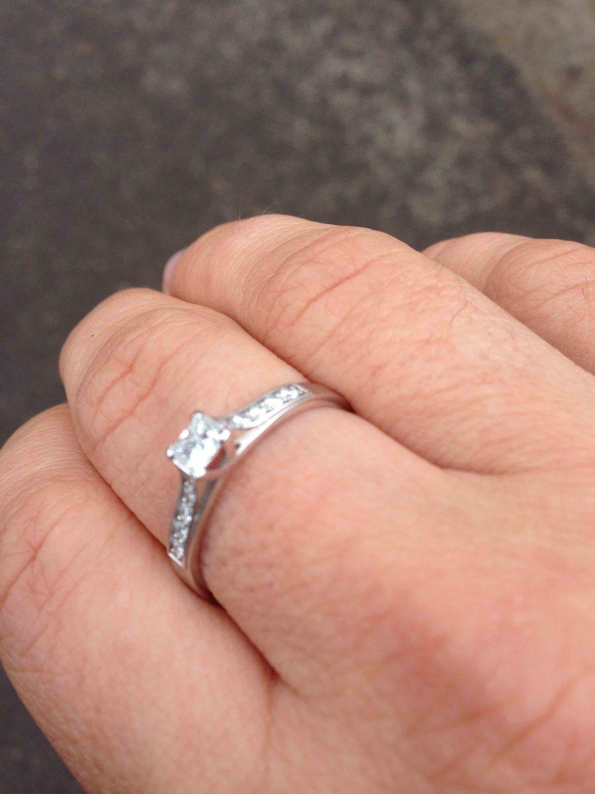 """Мое первое кольцо ювелирной компании весна """"якутские бриллианты"""" принцесса"""
