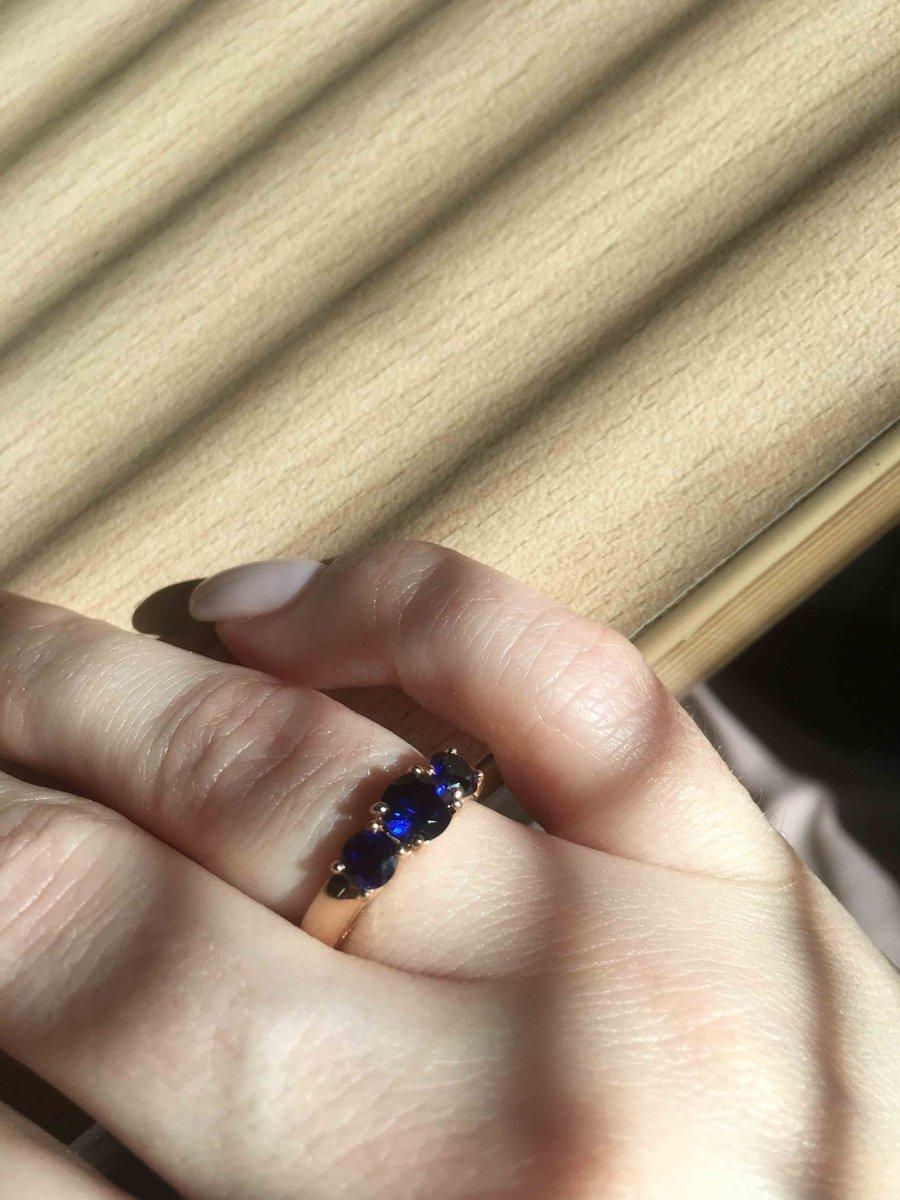 Красивое заметное кольцо