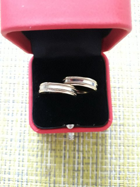 Хорошие обручальные кольца!
