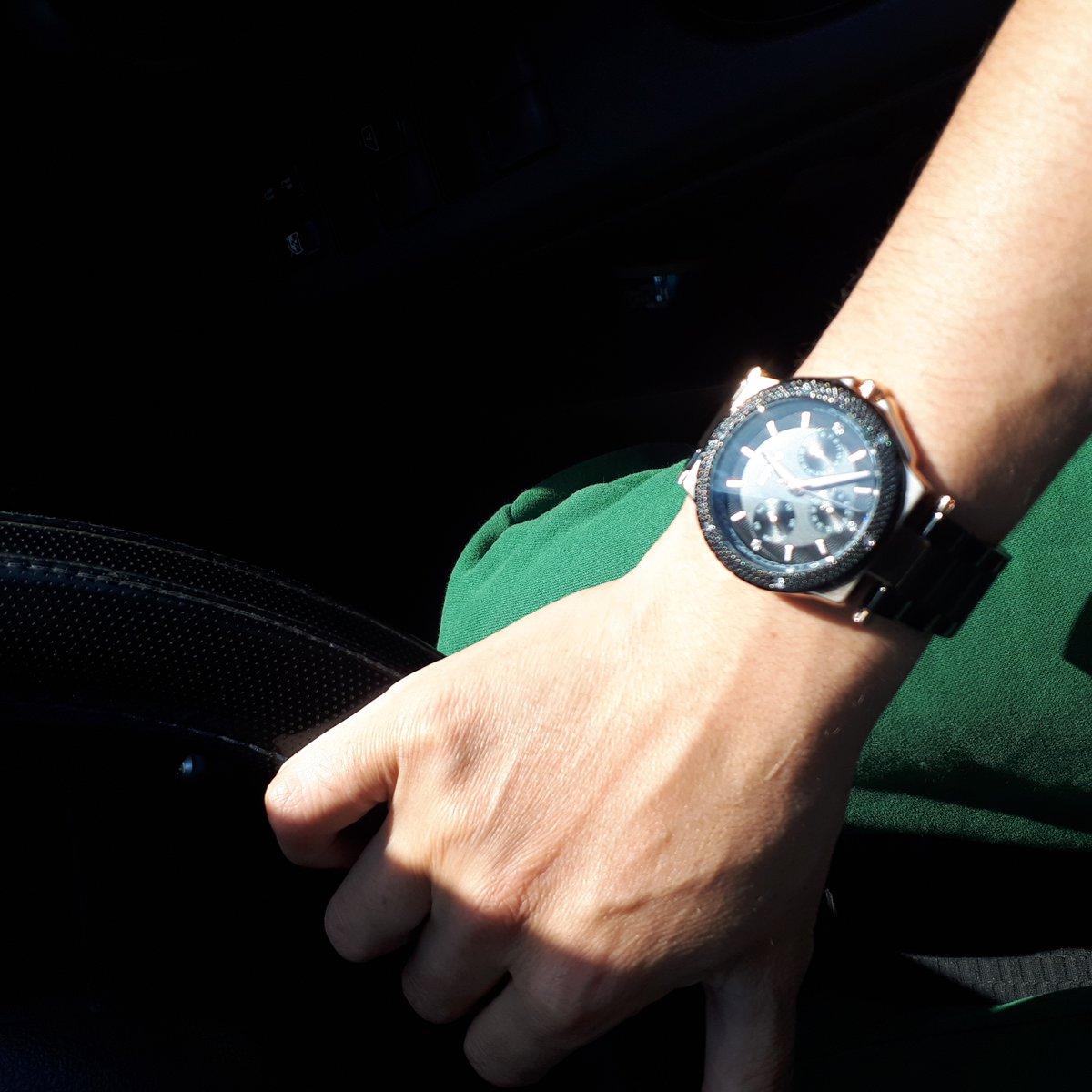 Часы Essence