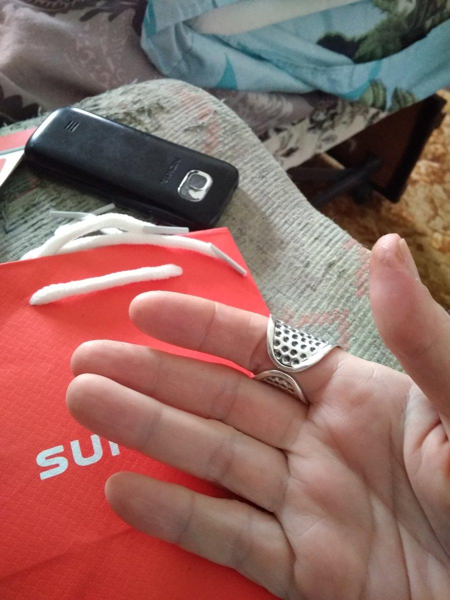 Массивное кольцо в стиле этно.