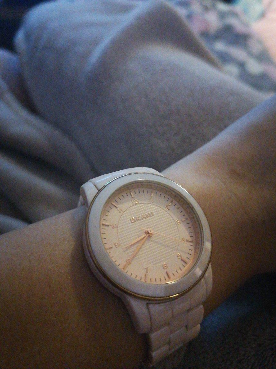 Керамические часы.