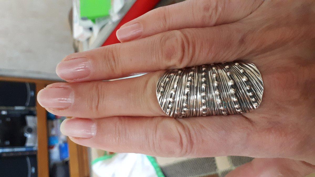 Роскошное серебряное кольцо!!