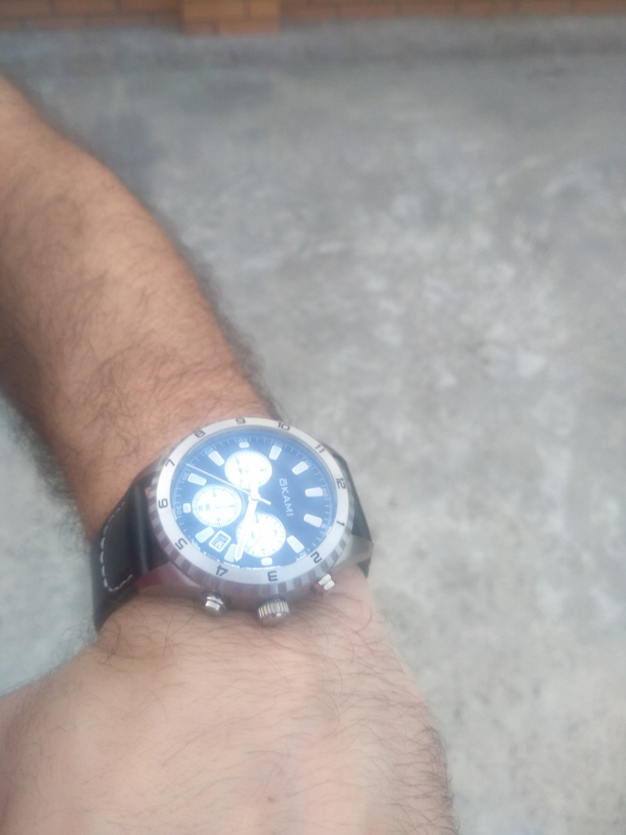 Часы хорошие очень понравился
