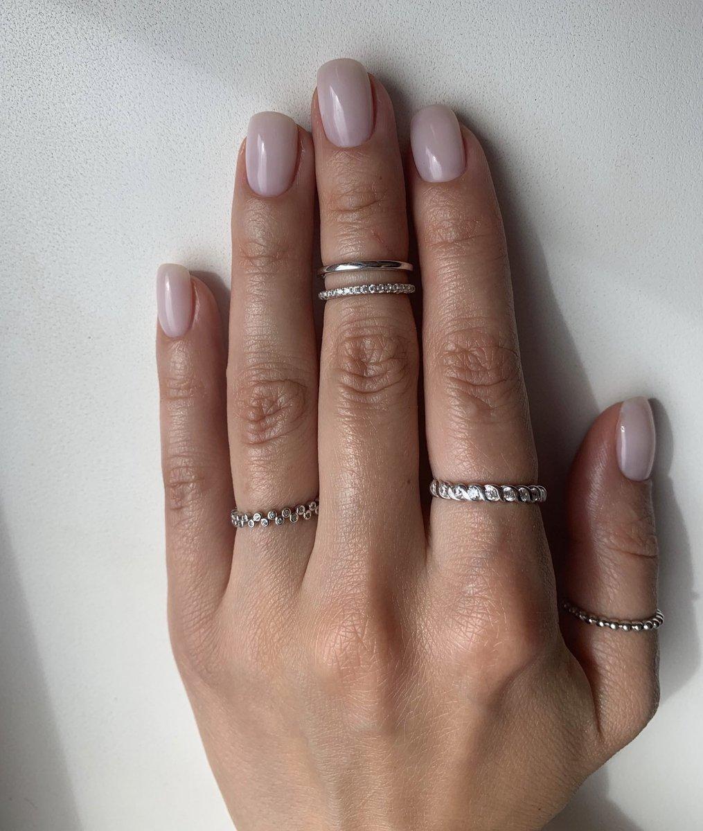 Стильное кольцо на среднюю фалангу