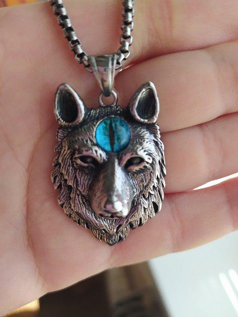 Брутальный волк.