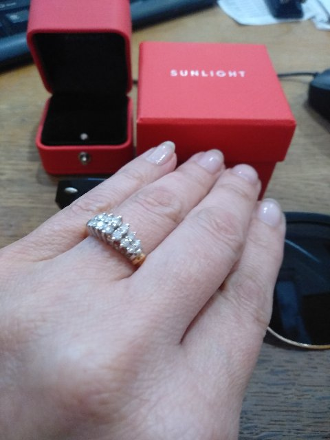 Нежное кольцо тиара с роскошными бриллиантами!