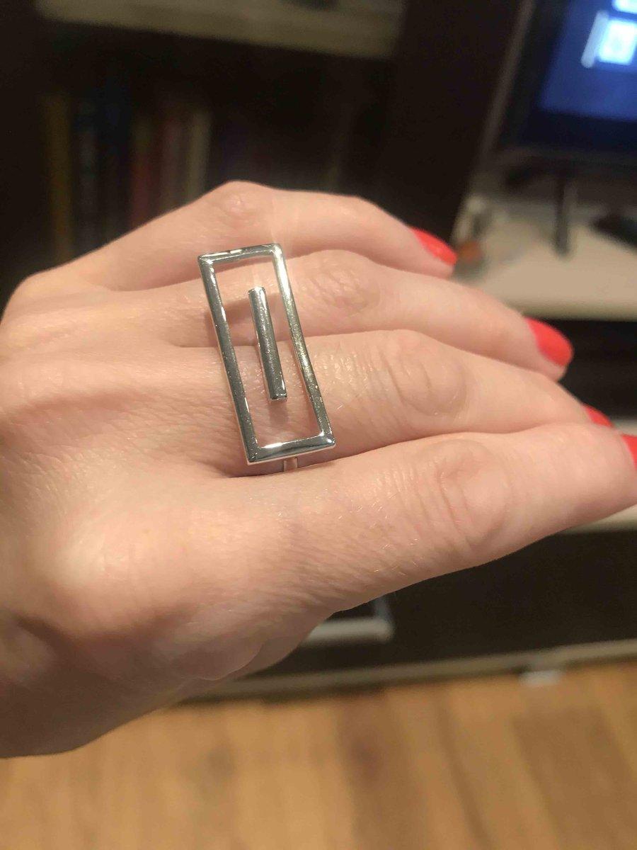Серебряное кольцо-прямоугольник