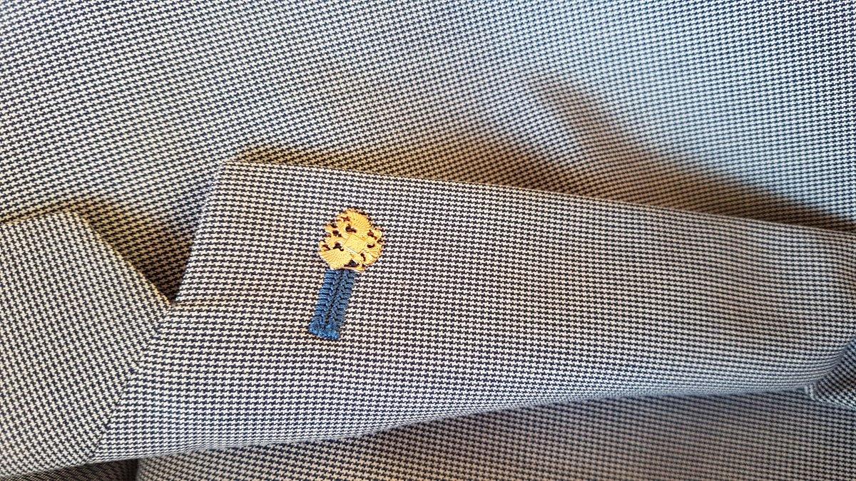 Значок на пиджак