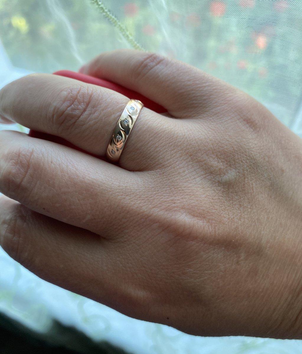 Очень стильное и милое кольцо
