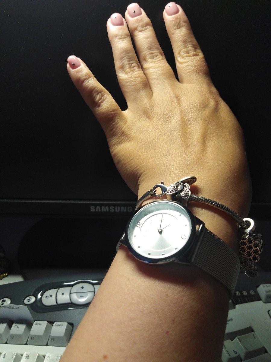 Тонкие женский часы