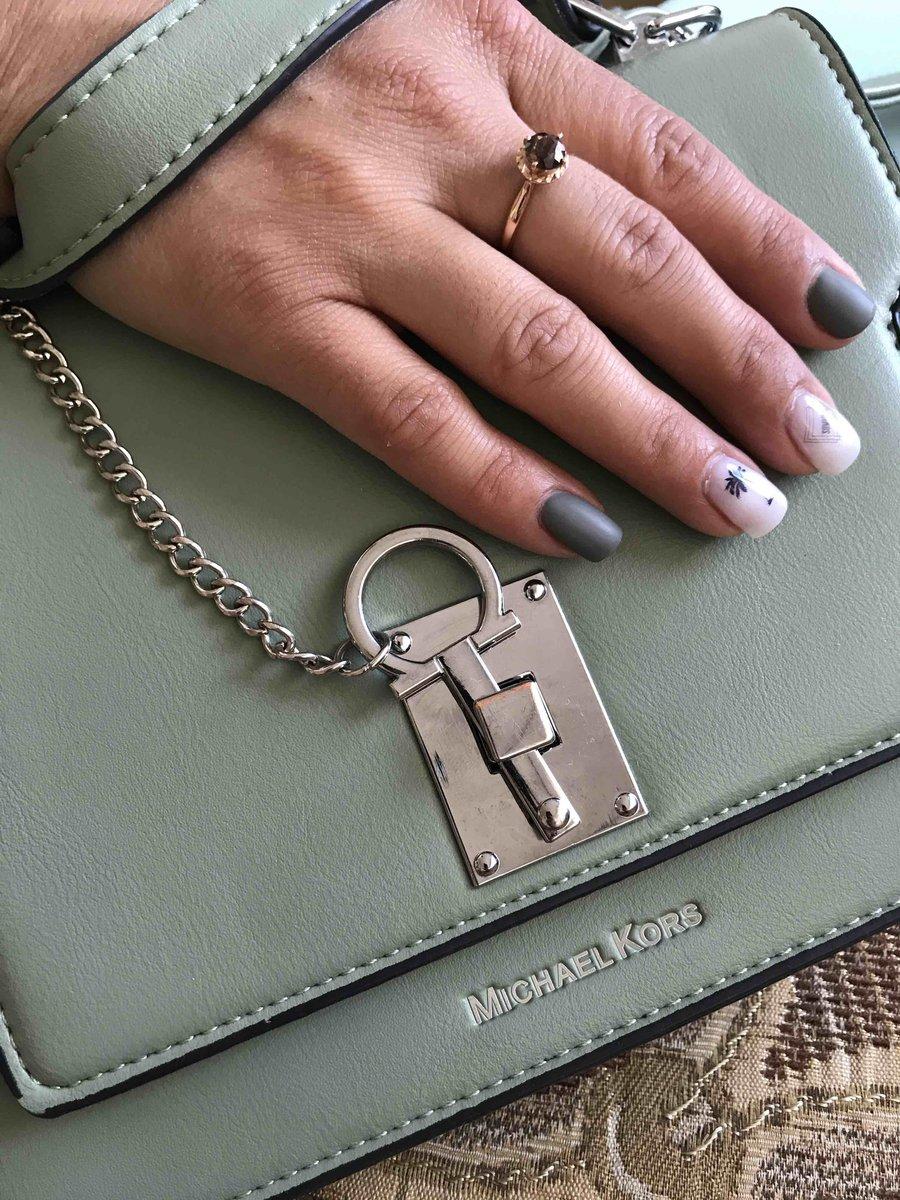Изысканное кольцо с раухтопазом