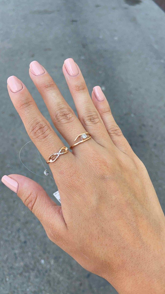 Кольцо с фианитос