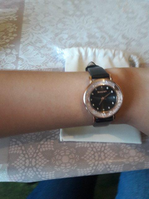 Часы очень нравится и цена отличная👍🏽