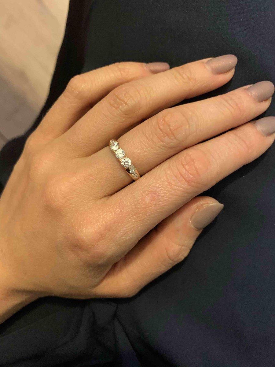 Серебренне кольцо