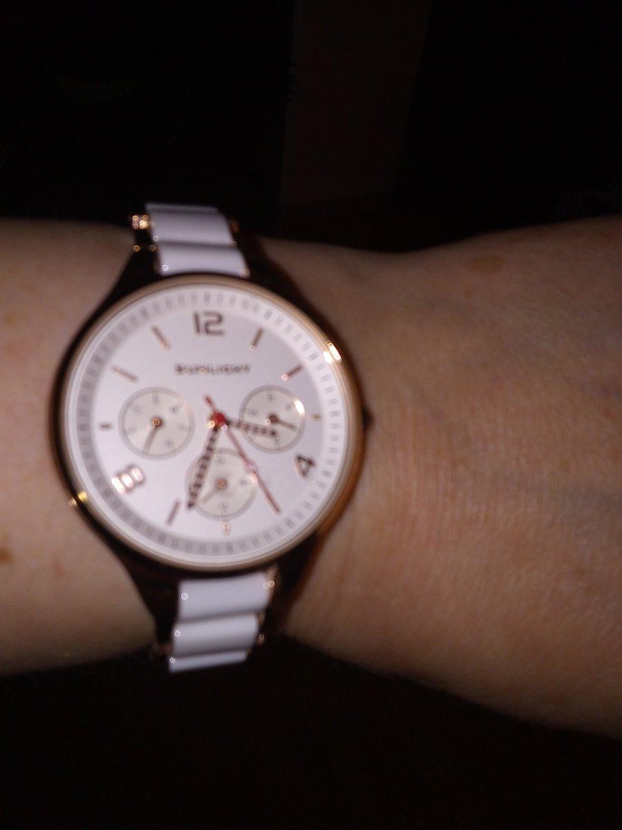 Часы ручнные